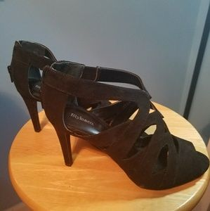 Black Never Use Heels
